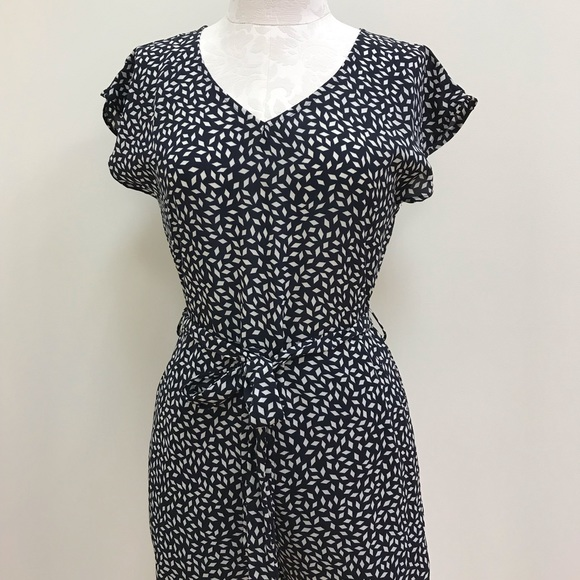 She and Sky Dresses & Skirts - NWT She & Sky Navy Pattern Short Sleeve Romper